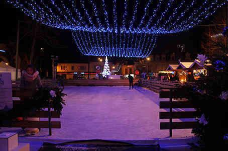 La patinoire fait son retour à Cosne pour les fêtes de fin d'année !